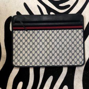 Gucci monogram vintage supreme portfolio case
